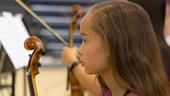 elementary violin student